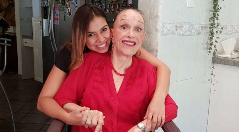 Lucha Villa se muestra sonriente ante la vida