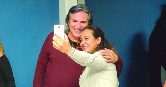 Pedro Damián le da su lugar a la audiencia de Like, la leyenda