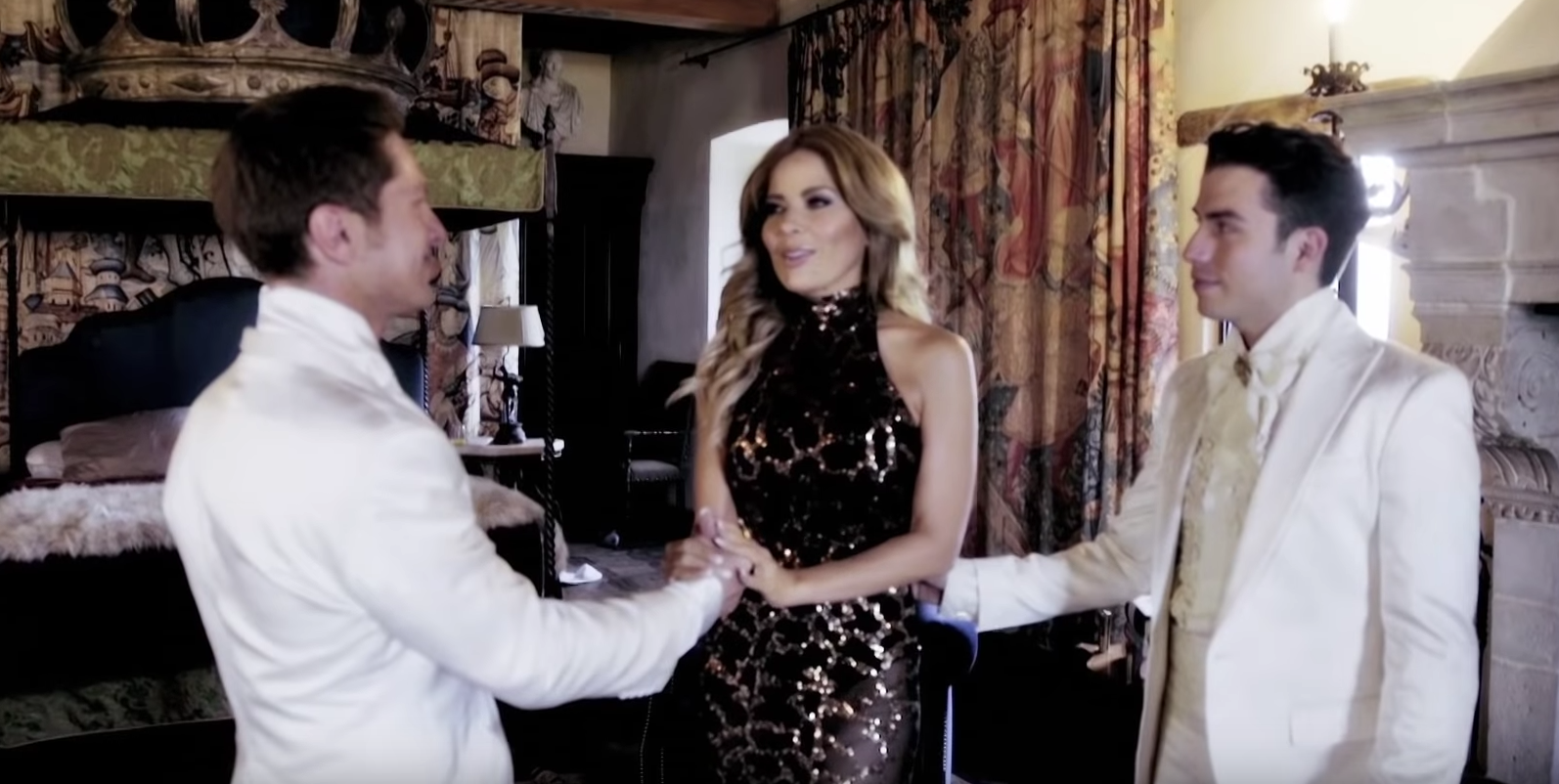 Gloria Trevi es madrina de boda gay