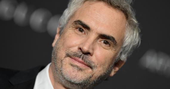En la cima del éxito, Alfonso Cuarón regresa a la soltería