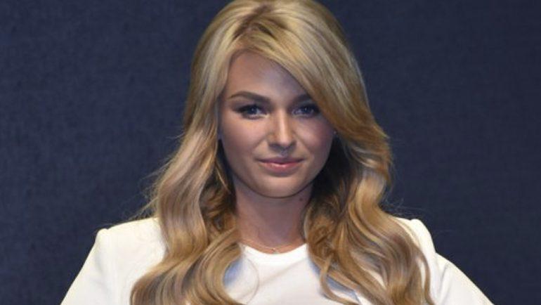 ¿Con o sin botox? Irina Baeva causa polémica por foto en redes