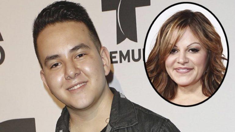 Hijo de Jenni Rivera se plasma para siempre el rostro de su madre