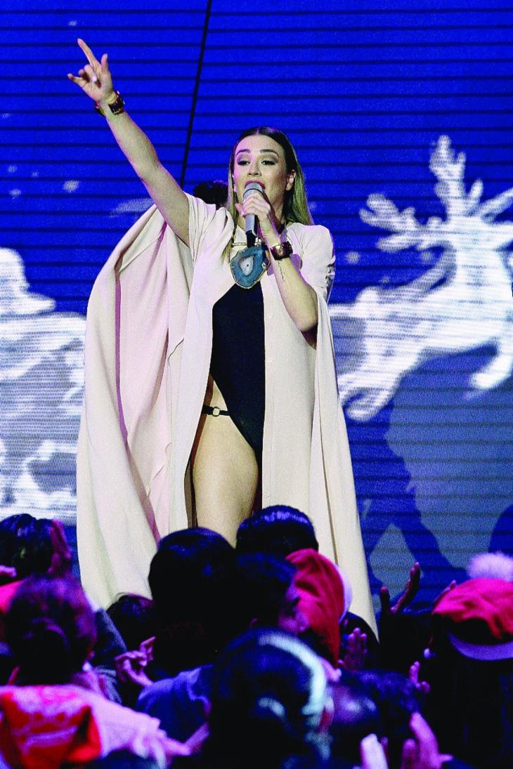 María José hace conexión con sus fans