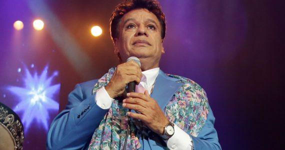 Hijo de Juan Gabriel asegura que el cantante no era gay. Foto: Archivo