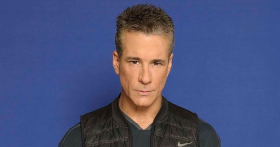 Giran orden de aprehensión en contra del actor Fernando Carrillo