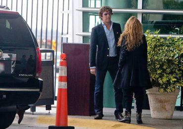 Paulina Rubio demanda a Colate, asegura desconocer el paradero de su hijo