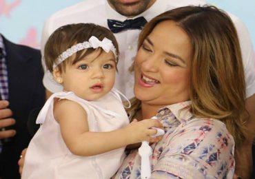 A sus 4 años, la hija de Adamari López rompe las redes sociales