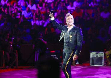 Alejandro Fernández arranca gira mundial. Foto: Archivo