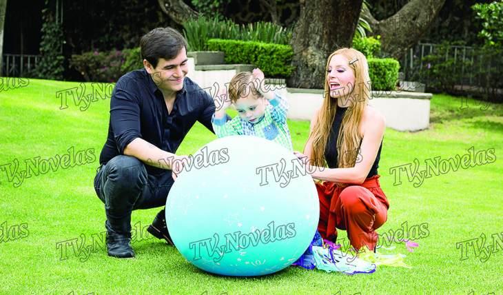 Julián Figueroa, Imelda y José Julian. Foto: Octavio Lazcano