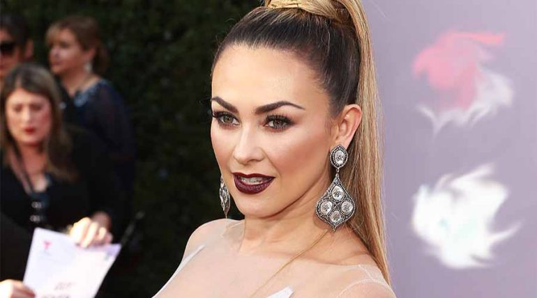 Aracely Arámbula enciende Instagram con sexy baile - Getty