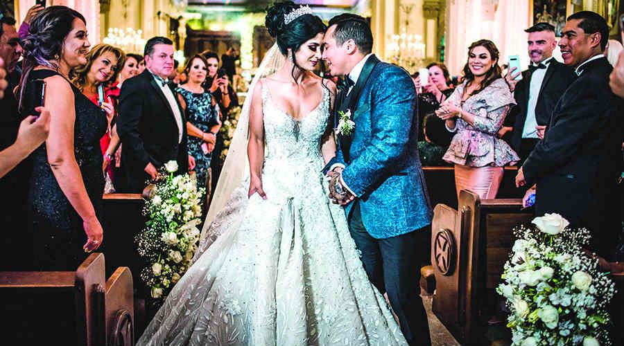 Edwin Luna y Kimberly Flores. Foto: Cortesía Remex Music
