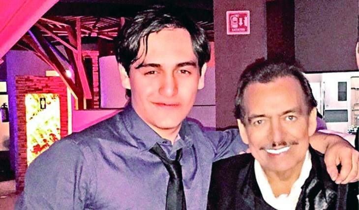 Julián Figueroa y Joan Sebastian. Foto: Instagram