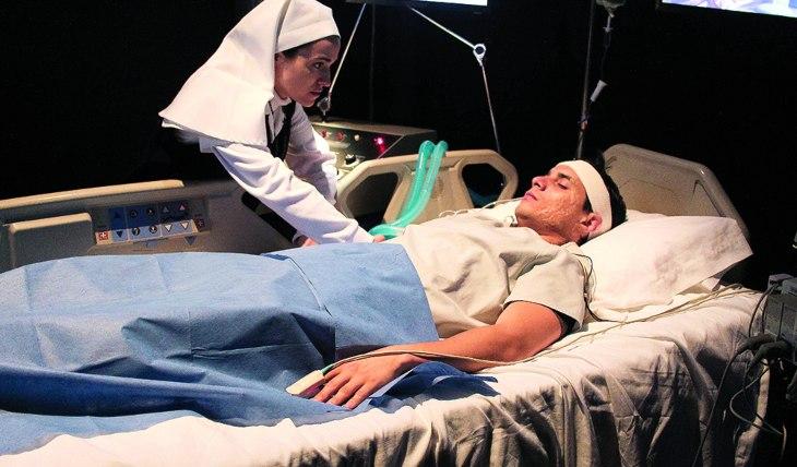 LA TRAGEDIA El personaje de Manu apareció en una camilla y en coma. Foto: Edson Vázquez