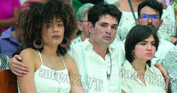 Ferdinando Valencia, Brenda Kellerman y Sofía Martínez. Foto: Jorge Soltero