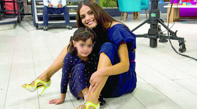 Marisol González con su Hija Marisol. Foto: Javier Arellano