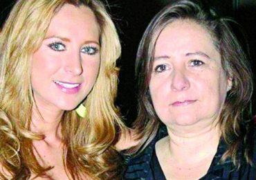 Geraldine Bazán y doña Rosalba Ortiz. Foto: Cortesía