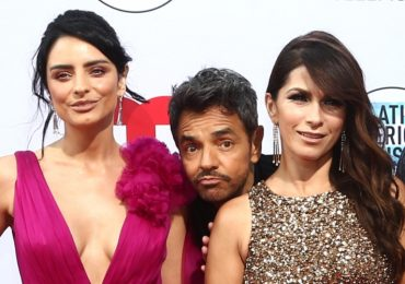 Aislinn Derbez, Eugenio Derbez, Alessandra Rosaldo. Foto: Getty Images