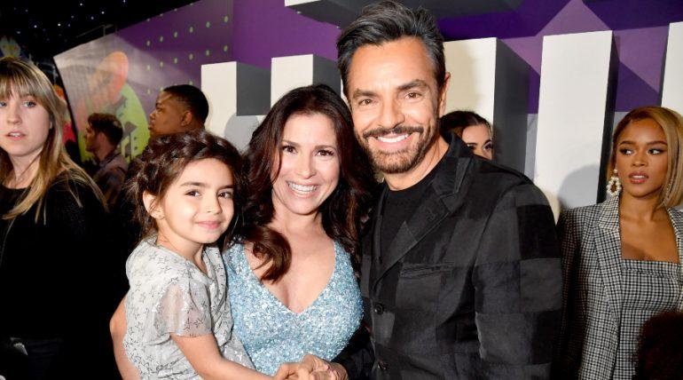 Eugenio Derbez, Alessandra Rosaldo y Aitana. Fotos: Getty Images