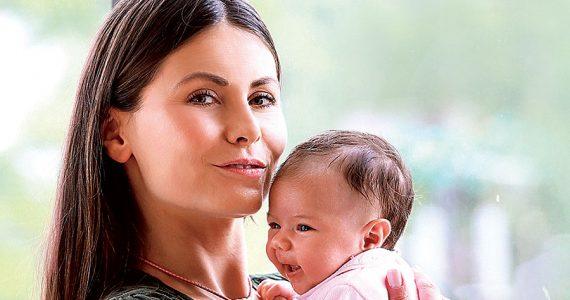 Amanda Rosa y su hija Allegra | Foto: TVyNovelas