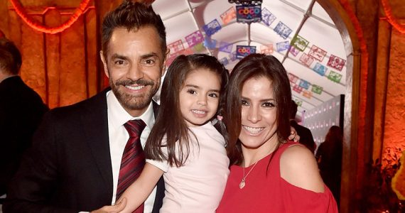 Eugenio Derbez, Alessandra Rosalda y Aitana Derbez | Foto: Getty Images