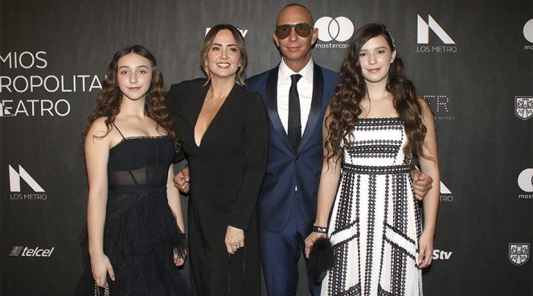 Andrea Legarreta presume lo guapas y grandes que están sus hijas - Getty