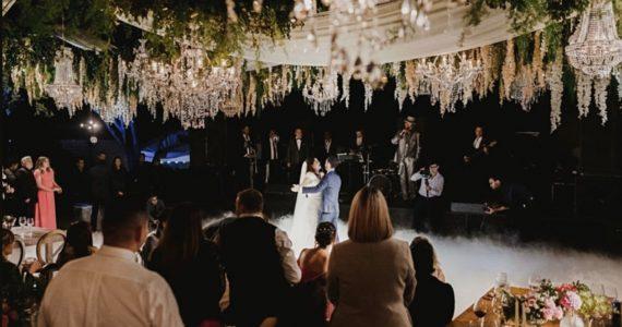 Yuridia se casa con su manager en secreto
