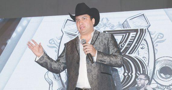 Julión Álvarez | Foto: José Luis Ramos