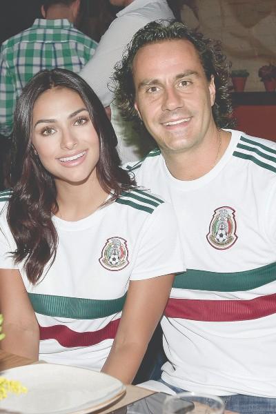 Renata Notni y Andrés Rivero. Foto: IG RM_NOTNOCOLOKURIS