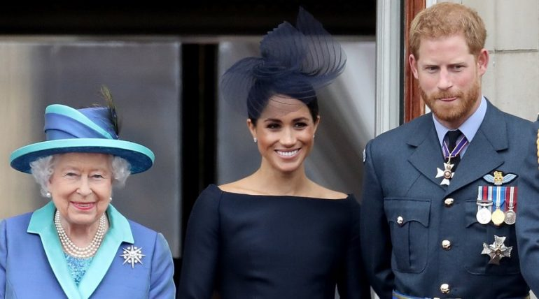 Reina Isabel II, Meghan Markle y Príncipe Harry. Foto: Getty Images