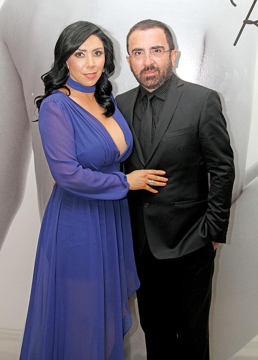 Vicente Fernández y Kary Ortegón   Foto: Edson Vázquez
