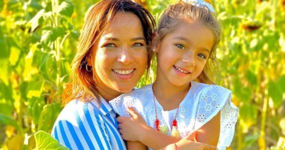 Adamari López envió a su hija a la escuela en plena pandemia. Foto: Instagram