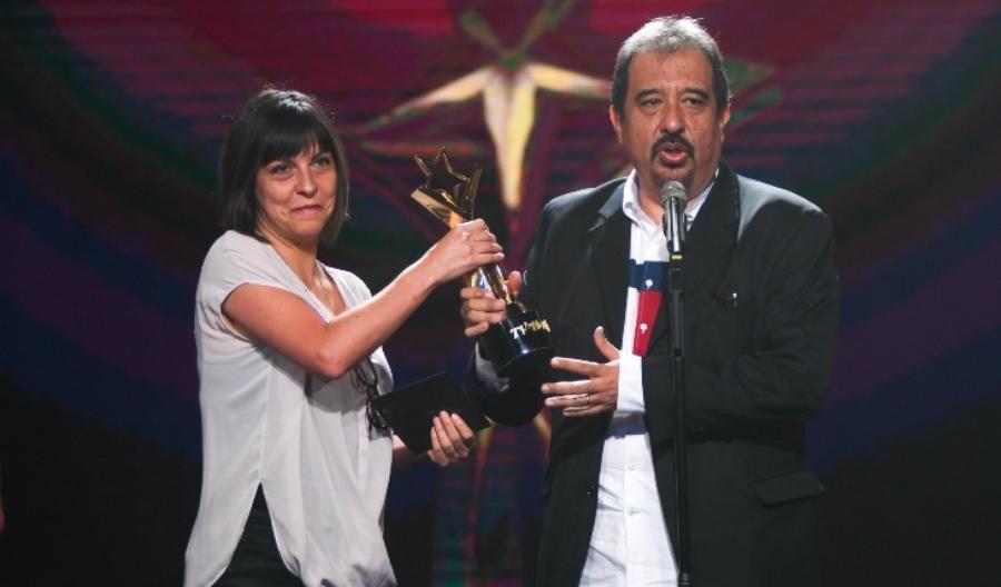 premios tvynovelas 2020 ganador mejor guion o adaptación