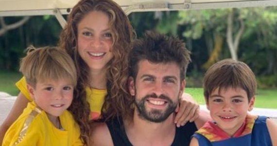 Shakira, Gerard Piqué, Sasha y Milan. Foto: Instagram