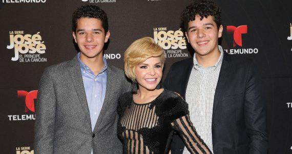 Con 19 años, así lucen los gemelos de Itatí Cantoral y Eduardo Santamarina