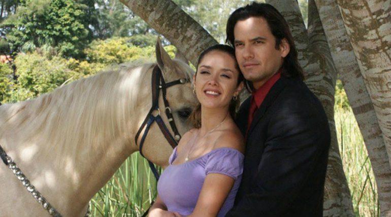 Marlene Favela y Mario Cimarro, Gata Salvaje. Foto: Archivo
