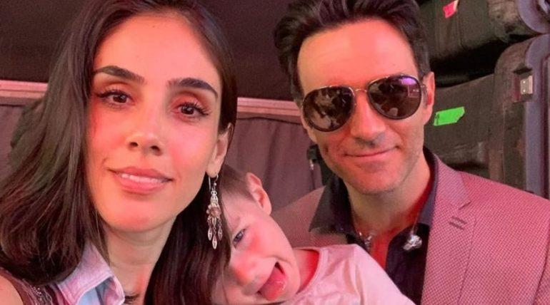 Sandra Echeverría, Andrés y Leo de Lozanne. Foto: Instagram
