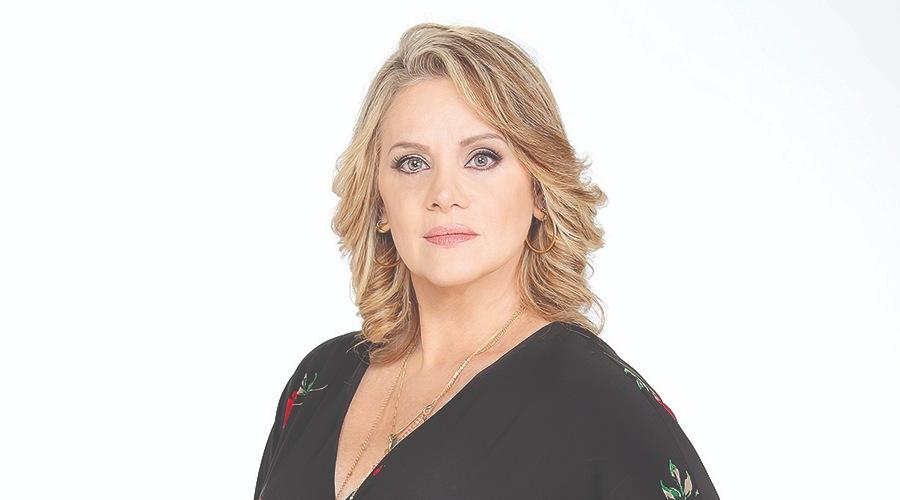 Reina de Tik Tok y telenovelas… Nada fácil para Erika Buenfil