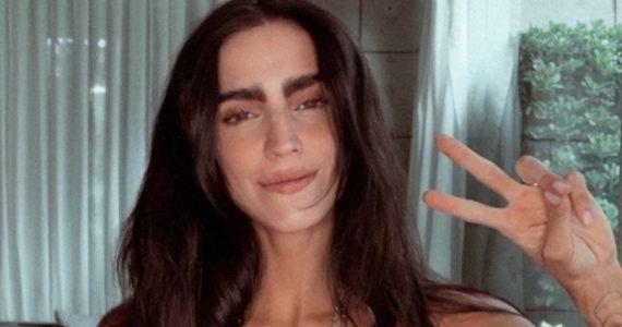 Bárbara de Regil muestra con orgullo las estrías de sus senos. Foto: Instagram