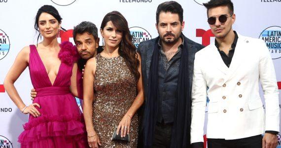 """¿Cómo supieron los Derbez que Alessandra era """"la buena"""" para Eugenio? Foto: Getty Images"""
