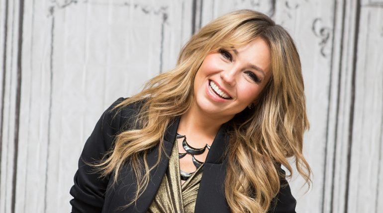 Thalía sufrió un accidente grabando un video de TikTok. Foto: Getty Images