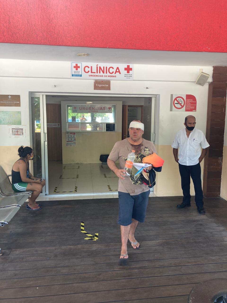 Ernesto Zepeda, agredido por Livia Brito Foto: Cortesía