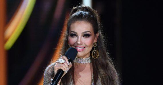 Thalía revela el secreto detrás de su micro-cintura