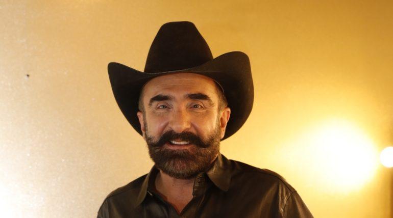 Vicente Fernández Jr. tiene coronavirus