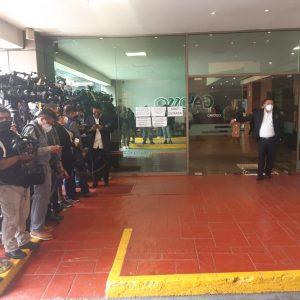 Más de 40 medios en la sala velatoria. Foto: Fernando Martínez