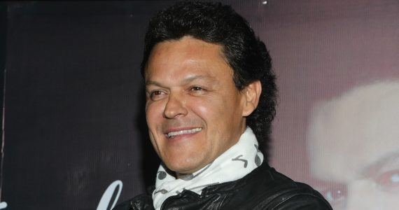 ¡Irreconocible! Pedro Fernández impacta a sus fans con su nueva imagen