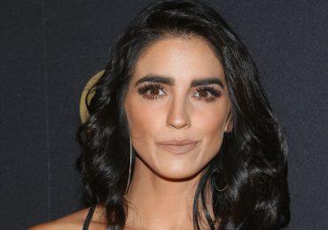 """Bárbara de Regil se hace un """"arreglito"""" y en redes no la perdonan. Foto: Getty Images"""