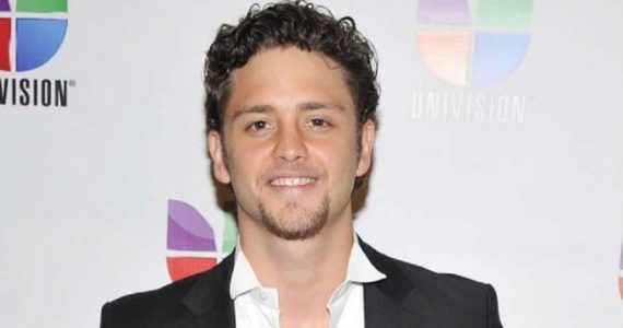 Christopher Uckermann regala esperanza. Foto: Getty Images