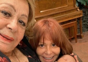 """Alejandra Guzmán y Silvia Pinal se someten a unos """"arreglitos"""" en el rostro. Foto: Instagram"""