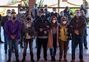"""""""Fuego Ardiente"""" comenzó a grabar ¡FOTOS!. Foto: Televisa"""