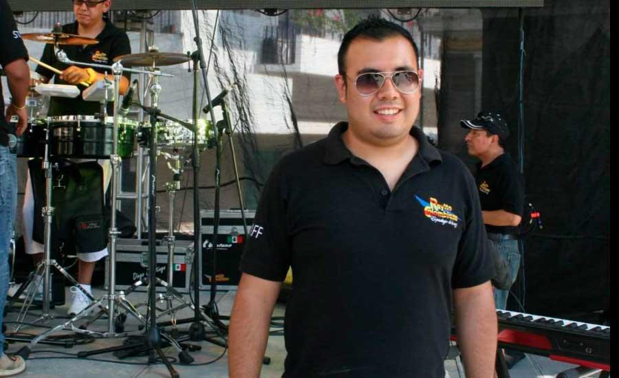 César Estrada de Rayito Colombiano